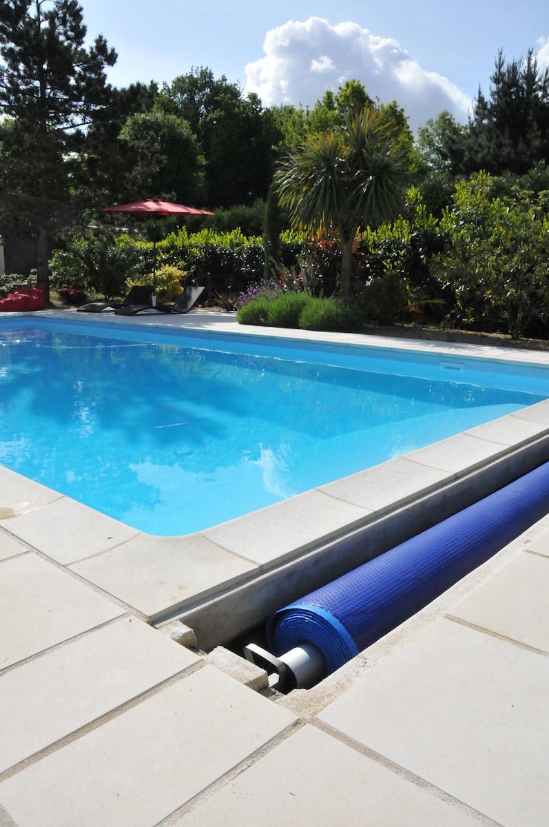 Les bâches à bulle pour piscine : elles sont particulièrement utiles